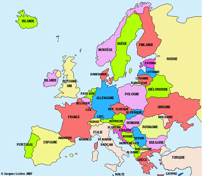Carte d'europe avec le nom des pays en couleur et les principautés