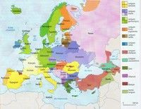 Carte de l'Europe avec les langages, les groupes linguistiques et les familles de langues