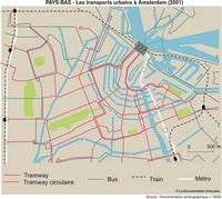 Carte des connexions des transports en commun dans Amsterdam