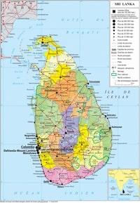 Carte du Sri Lanka avec la taille des villes, les routes, les parcs nationaux et les recifs coralliens