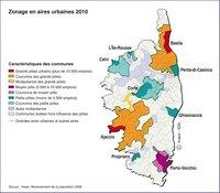 Carte de la Corse avec les aires urbaines et les pôles