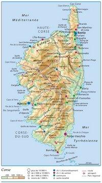 Carte de la Corse avec les villes, les communes, le relief, l'altitude, les aéroports et les parcs régionaux