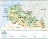 Carte du Nord-Pas-de-Calais avec les villes, les routes, les autoroutes, les parcs naturels, le relief et l'altitude